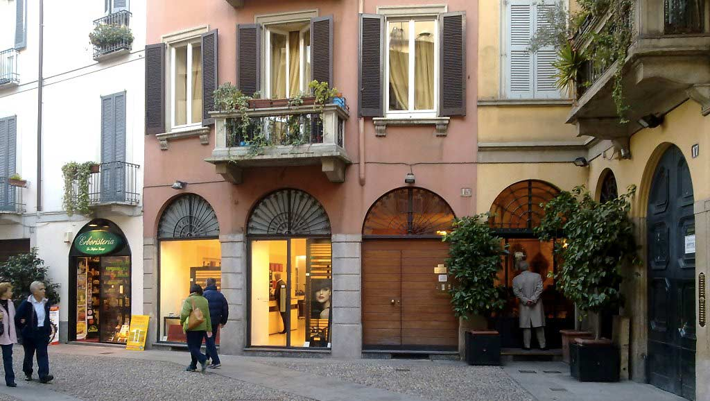 hotel nearby brera district milan